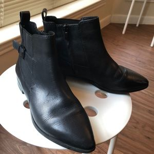 Clark's, black leather ankle boots, size 7.